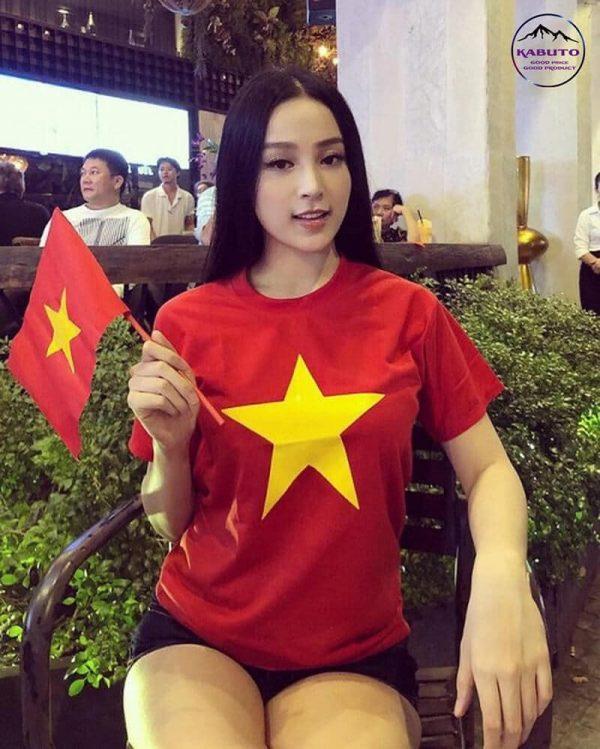 Áo đỏ sao vàng