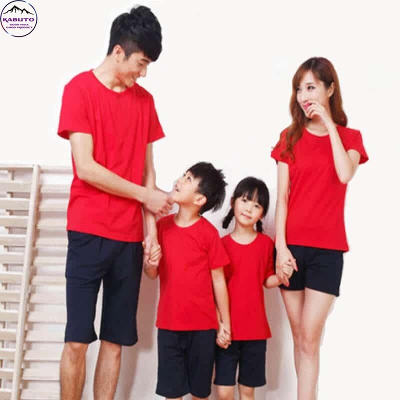 Áo thun màu đỏ trơn cho gia đình