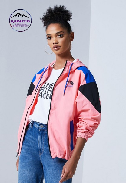 cách phối quần jean với áo khoác