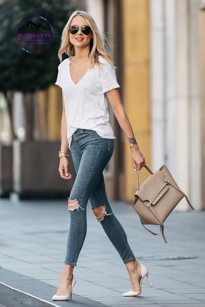 áo thun mặc với quần jean