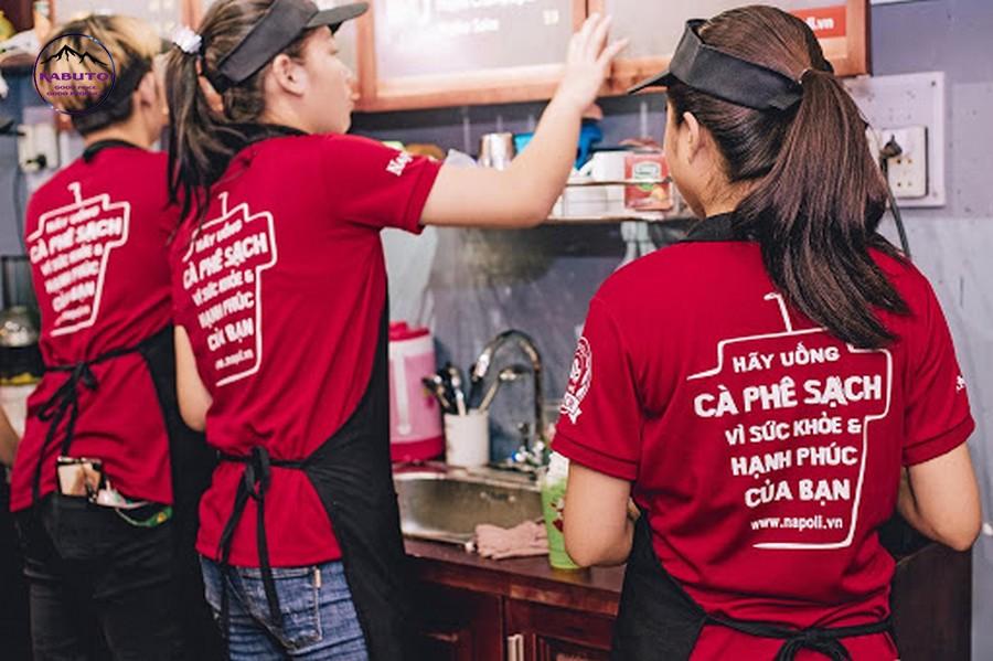 Đồng phục quán cafe màu đỏ
