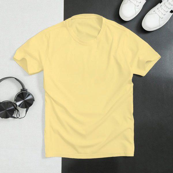 áo thun vàng nhạt